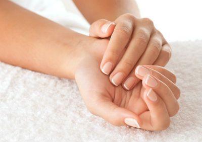 Чим може бути викликаний дерматит на руках ?: причини виникнення, симптоми, лікування.