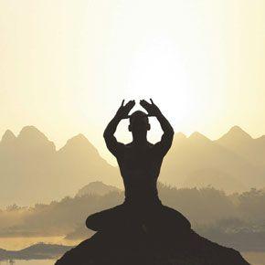 Про те, якої шкоди може завдати цигун і йога російській людині